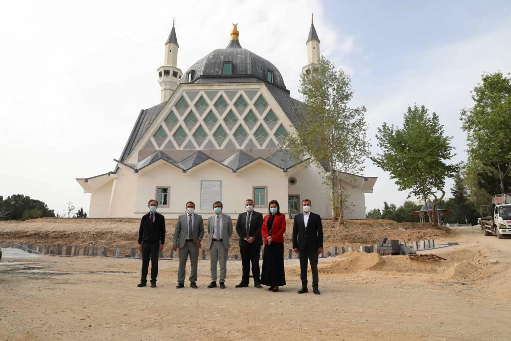 ÇÜ 57. Alay Şehitleri Camii İnşaatı Bitme Aşamasına Geldi