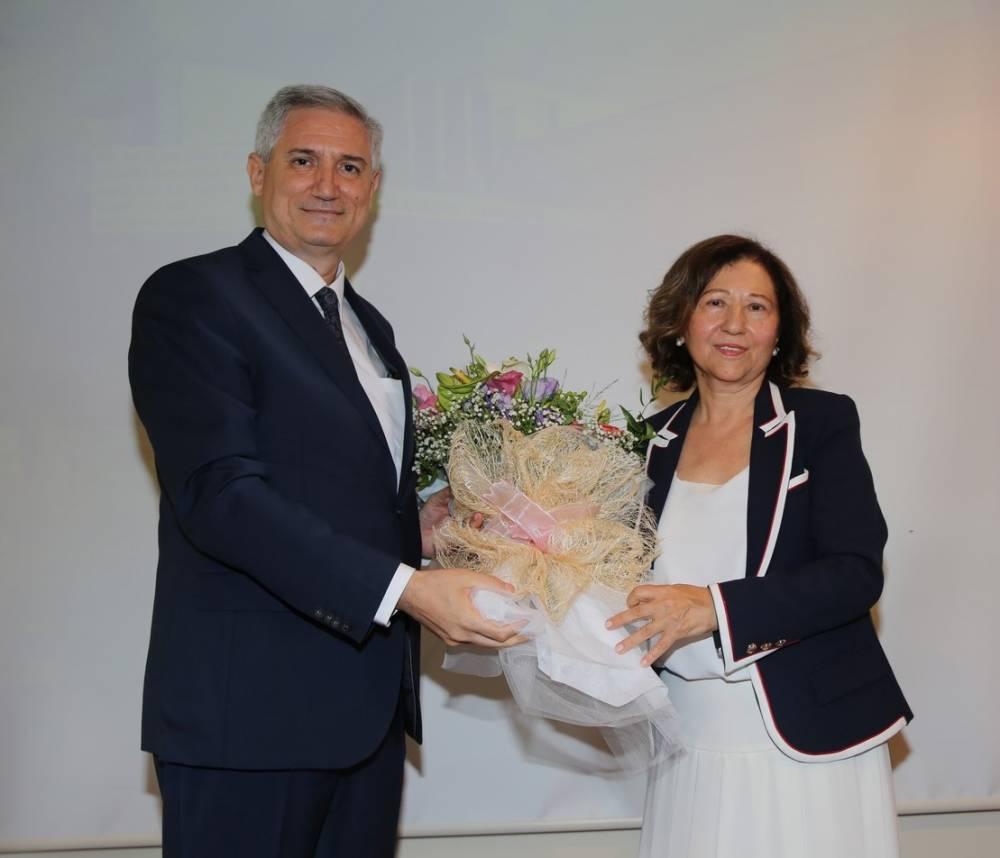 İletişim Fakültesi Dekanı Prof. Dr. Hatice Çubukçu Emekli Oldu
