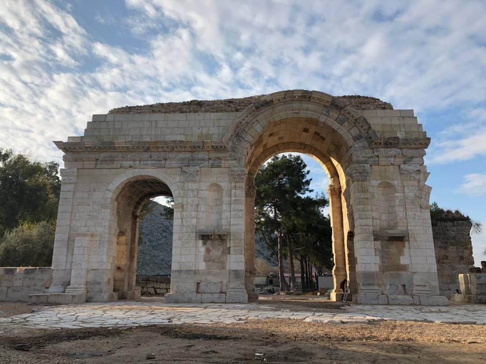 Anavarza'da Restorasyon Çalışmaları Tamamlandı