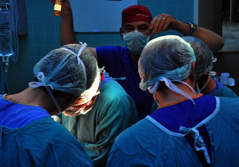 Türkiye'nin En Önemli Cerrahları Çukurova Üniversitesi Balcalı Hastanesinde Buluşuyor