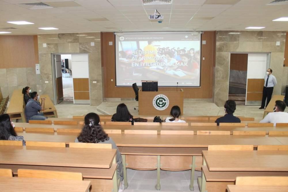 Çukurova Üniversitesi 1. Sınıf Öğrencileri İçin Oryantasyon Programı Düzenlendi