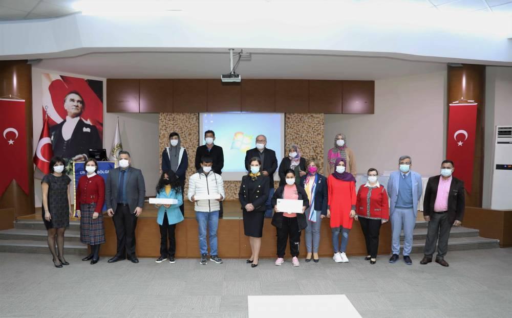 Güney Rotary Kulübü, Çukurova Üniversiteli Görme Engelli Öğrencilere Akıllı Baston Hediye Etti