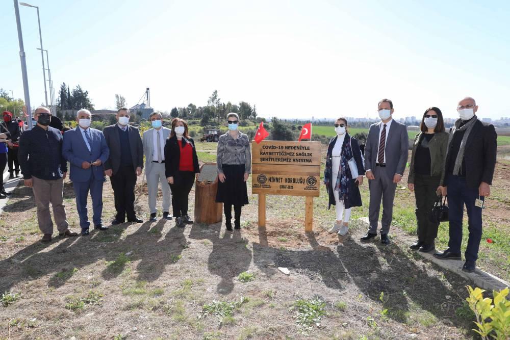 Koronavirüsten Yaşamını Yitiren 380 Sağlık Çalışanının İsimleri Adana'da Yaşatılacak