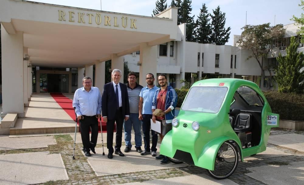 Çukurova Üniversitesi Öğrencileri Elektrikli Bisiklet Tasarlayarak Ödül Aldı