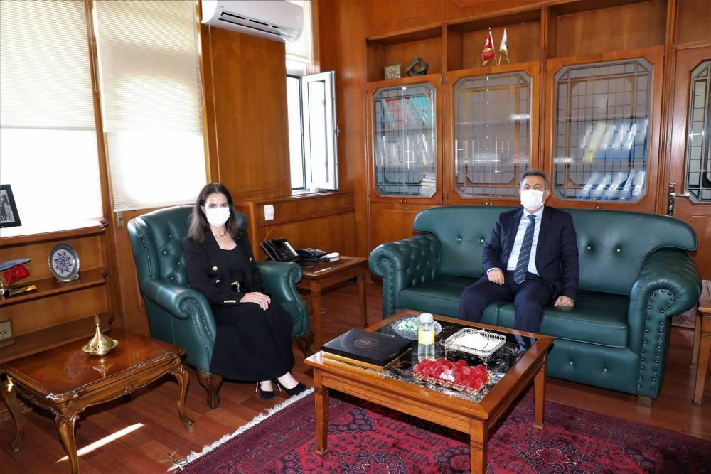 Vali Süleyman Elban, Rektör Prof. Dr. Meryem Tuncel'i Ziyaret Etti