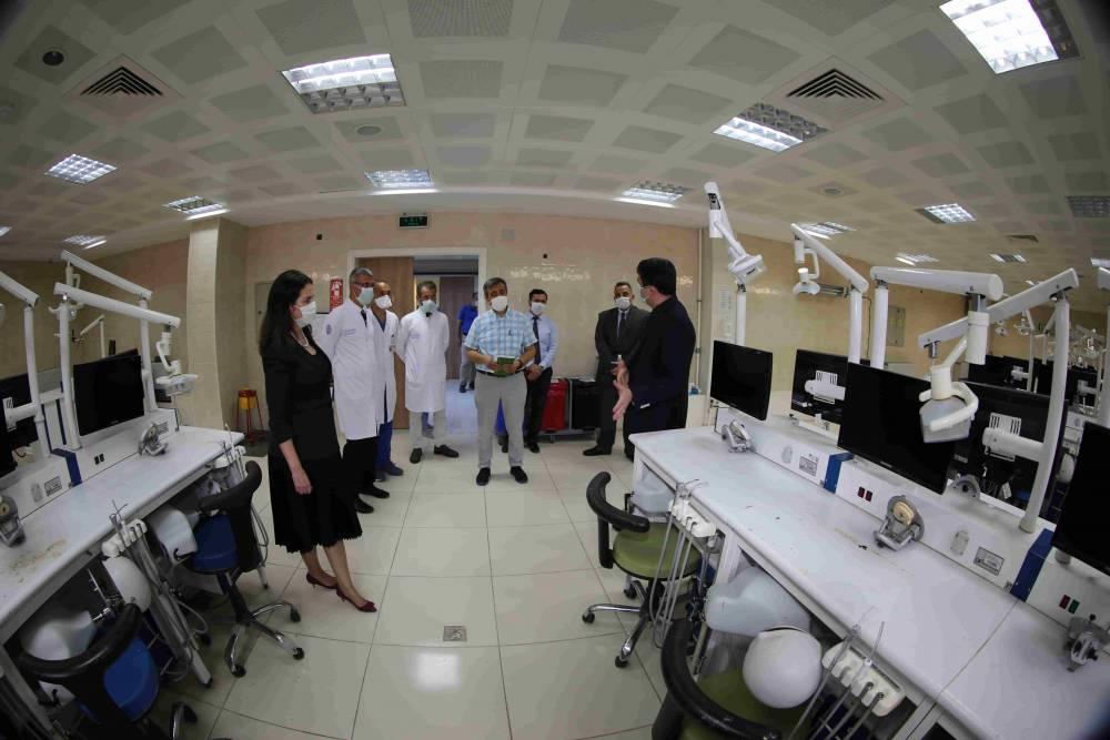 Rektör Prof. Dr. Meryem Tuncel'den Diş Hekimliği Fakültesine Ziyaret