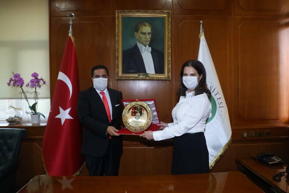 ÇÜMED Üyeleri Rektör Prof. Dr. Tuncel'i Ziyaret Etti